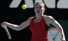 Favorītes Halepa un Mugurusa sasniedz 'Australian open' otro kārtu