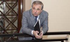 Zaharjins un Segals vienojušies savas 'Metalurga' akcijas nodot uzņēmumam 'Daļpolimetal'