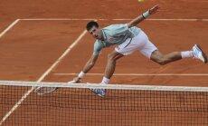 Teniss ir jokdaru spēle: 13 lielākie kortu humoristi