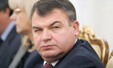 Putins atceļ no amata aizsardzības ministru