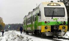 Foto: Somijā vilciena un militārā transportlīdzekļa avārijā četri bojāgājušie