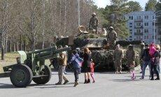 Foto: Atklāj vērienīgas militārās mācības 'Summer Shield'