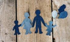 Noraida ierosinājumu aizliegt uz ārzemēm adoptēt bērnus no audžuģimenēm