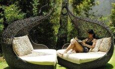 Baudot vasaru: Nedaudz neierastas sauļošanās gultas