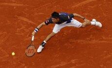 Nišikori un Vavrinka sasniedz Francijas atklātā tenisa čempionāta ceturtdaļfinālu