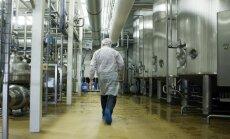 Pastiprinātā Lietuvas autopārvadātāju kontrole izbeigta; piena aizliegums joprojām spēkā