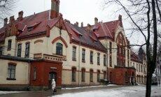 Prokuratūra sāk kriminālprocesu par 45 000 eiro izkrāpšanu Stradiņa slimnīcā