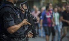 Teroristi bija plānojuši sarīkot trīs sprādzienus Barselonā, ziņo mediji