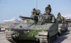 Zviedrija atjaunos obligāto militāro dienestu
