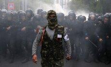 Teroristi no visa apgabala pamet sagrābtās pilsētas un virzās uz Doņecku