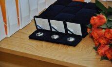 Emīlam Dārziņam un vērdiņam veltītās sudraba kolekcijas monētas kals Nīderlandē
