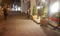 Пурвциемс: мальчик целый час стоял на холоде и ждал, пока отец выйдет из игрового зала