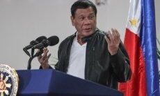 Filipīnu prezidents cer labot pārlieku tuvās attiecības ar ASV