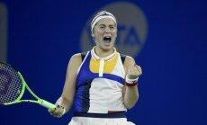 Infografika: Ostapenko teicamā sezona un ceļš uz WTA finālturnīru