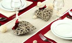 Trīs idejas romantiskam galda klājumam