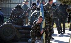 Kijeva vienojusies ar Krieviju par Ukrainas karavīru un bruņojuma izvešanu no Krimas