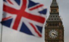 Medijs: Lielbritānijai par izstāšanos no ES būs jāmaksā eiro valūtā