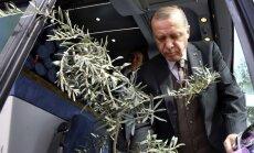 Erdogans kritizē NATO par atbalsta trūkumu Sīrijā
