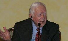 Baidoties no elektroniskas izspiegošanas, bijušais ASV prezidents Kārters sarakstei izmanto 'parasto' pastu