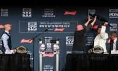 UFC president Dana White stops Conor McGregor, Eddie Alvarez