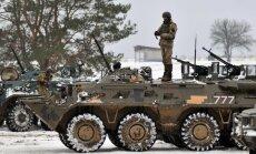 Ukrainā būs referendumi par dalību NATO un ES, sola Porošenko