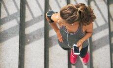 Piecas minūtes, kas maina visu: īsie treniņi tiešām palīdz zaudēt liekos kilogramus