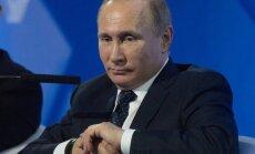 Atbrīvota Putina apžēlotā par 'valsts nodevību' notiesātā Soču pārdevēja
