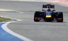 'Red Bull' bolīds ātrumā krietni piekāpjas konkurentiem