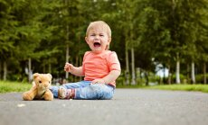 Pieci iemesli, kāpēc bērna niķošanās vērtējama arī pozitīvi