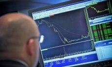 Naftas cenas sarūk, biržu indeksi krītas Eiropā un pieaug ASV