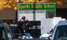 Skolēns sarīko apšaudi ASV skolā, divi bojāgājušie
