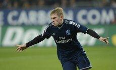 Rudņevs nāk uz maiņu HSV komandas zaudējumā; zaudē arī 'Bayern'