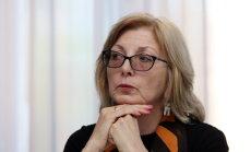 Чиновница обвинила Рижский аэропорт в возникновении неразберихи с такси
