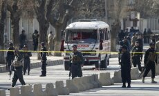 Terorista pašnāvnieka sarīkotā sprādzienā Kabulā bojā gājuši vismaz 20 cilvēki