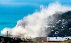 Jaunzēlandē pēc zemestrīces sabrūk klints