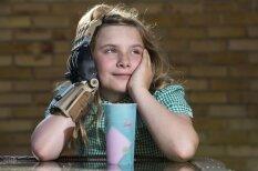 Astoņus gadus vecai meitenei ar 3D printeri izdrukā jaunu roku