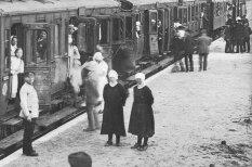 Foto: Kā dzelzceļa transportlīdzekļi izskatījās 20. gadsimtā