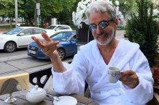 """Бедняк — богач. Как из российского пенсионера за 750 евро сделали """"звезду """"Инстаграма"""""""