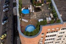 У — Уют. Россиянин сделал на крыше многоэтажки личную зону отдыха с бассейном