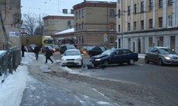 Avārija Akmeņu un Valguma ielu krustojumā