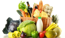 Экономист: цены на продукты питания и топливо ведут к росту потребительских цен