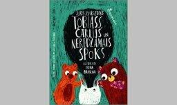 Iznāk Jura Zvirgzdiņa grāmata bērniem 'Tobiass, Čārlijs un Neredzamais spoks'