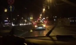Lasītāja video: Sestdiena 'purvčikā' jeb ačgārnā automašīnas vilkšana