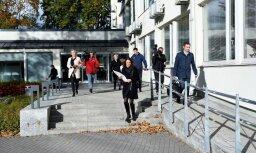 Сотрудники БПБК изъяли в Юрмальской думе документы
