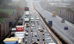 Vācija plāno ieviest autoceļu nodevu; Austrija vēršas tiesā