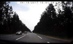 ВИДЕО: Натовские водители на трассе Via Baltica ведут себя предельно вежливо