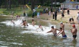 Daugavpilī aizvadīts Latvijas čempionāts peldēšanā atklātā ūdenī