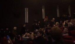 Maskavā radikāļi traucē filmas par Ukrainas karu pirmizrādi