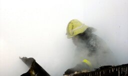 Rīgā otrdien degusi dārza māja