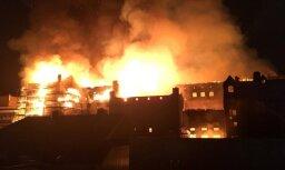 Glāzgovas Mākslas skolas ēkā izcēlies ugunsgrēks